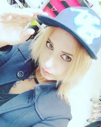 Lili_Nika